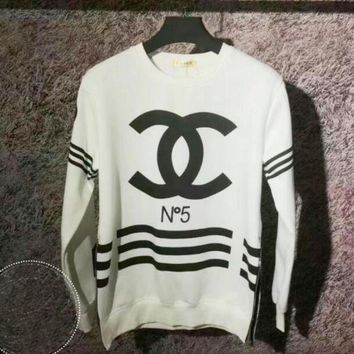 VONEJ8 CHANEL Fashion Casual Long Sleeve Sport Top Sweater Pullover Sweatshirt White