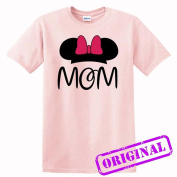 2 MOM Minnie Mouse for women for shirt light pink, tshirt light pink unisex adult