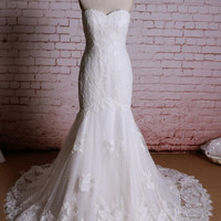 Sexy Wedding Dress, Classic Lace Bridal Gown Mermaid Wedding dress, Sweetheart Neckline Bridal Gown, Ivory Wedding Dress