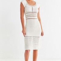 Show Me Your Mumu Crawford Macramé Midi Dress | Urban Outfitters