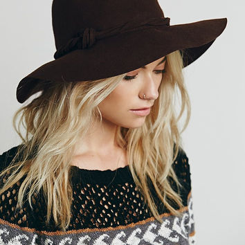 Free People Clipperton Fedora Hat With Extended Brim Boho Dark Brown Felt Twisted Knotted Hat Band Festival Hat