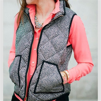 Womens Cotton Textured Herringbone Quilted Puffer Vest