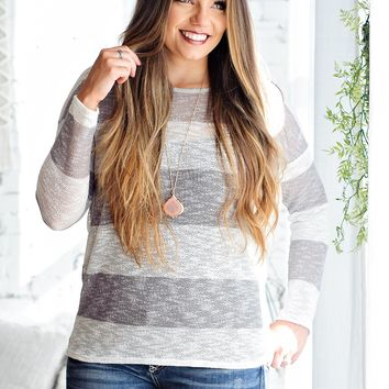 * Drive Me Crazy Knit Lightweight Top: White/Grey