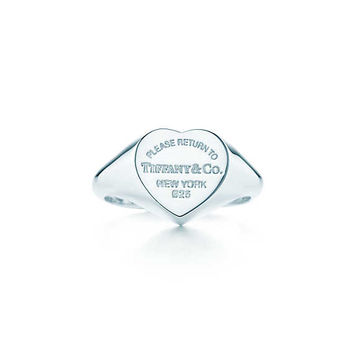 Tiffany & Co. - Return to Tiffany®:Heart Signet Ring