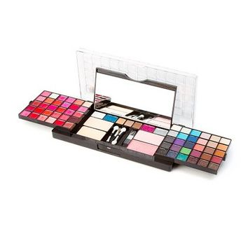 ultimate makeup kit  claire's from claire's  things i