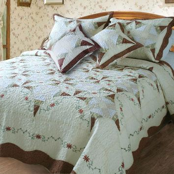DaDa Bedding Classic Cotton Cottage Floral Quilted Bedspread Set, Twin, 3-PCS (DXJ101567-2)