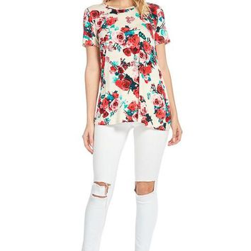 Red Summer Time Floral Flowly Boutique Top!