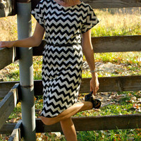 Black and Cream Chevron Knit Dress from GreenStyle