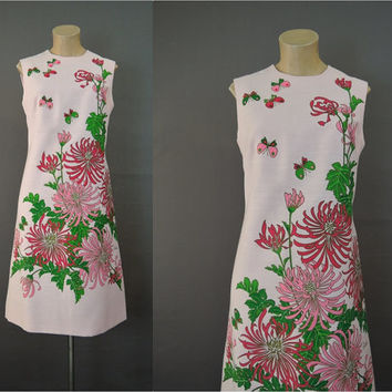 1960s Shaheen Print Floral Shift Dress, 36 inch Bust, Vintage Butterflies & Spider Mums on Pink