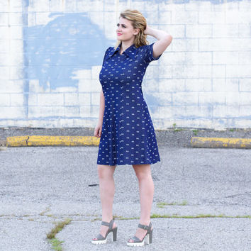 vintage navy blue dress / fit and flare dress / 60s dress large / 1960s dress / 70s dress large / mod dress large / collared scooter dress
