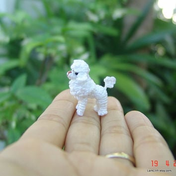 Miniature dog - Tiny crochet amigurumi - Dollhouse stuffed animal - White Poodle - 1.2 inch