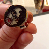 Custom portrait ring