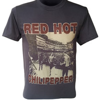 Red Hot Chili Peppers T-Shirt Black Washed Vintage Print Tee Shirt Retro Tshirt Music Band Casual Alternative Unisex Size S M L XL XXL Q-092
