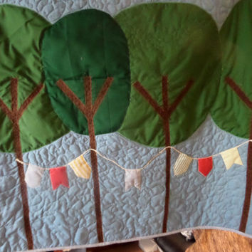 Modern tree baby quilt - Bunting crib quilt - Organic birch woodland party