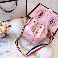 GUCCI GG Marmont new handbag fashion shoulder wild bucket bag striped diagonal package F0422-1 pink