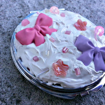 Kawaii Deco-Den Compact Mirror