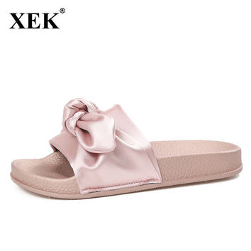 Women Slippers 2017 New Silk Bow Slides Fashion Light Summer Bow Beach Shoes Flat Heels Flip Flops Ladies Rihanna Sandals XC44