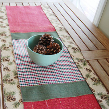 SALE Burlap Christmas Table Runner, Green Red and Beige Checkered Fabric, Pine Cone Ribbon, Holiday Decor, 15 by 48