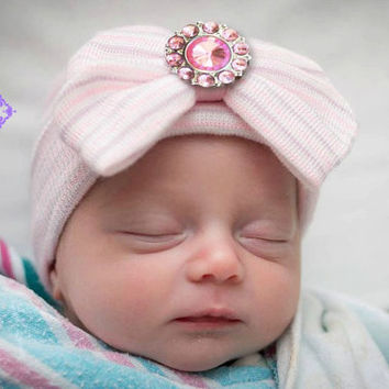 Baby girl hospital hat, newborn baby hat, baby beanie, baby hospital hat, baby hats, newborn hospital hat with bow, baby girl hat, infant