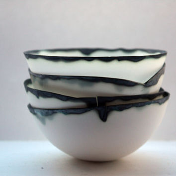 Pure white English fine bone china stoneware bowl with black rims