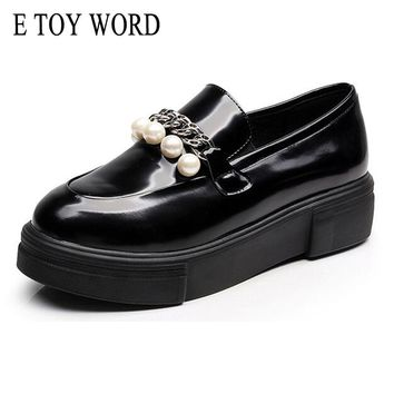 E TOY WORD High Quality Women oxfords Flats Platform Shoes Women Patent Leather String Bead Pointed Black Brogue Loafers Brand