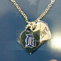 MLB Detroit Tigers Heart / Charm Necklace