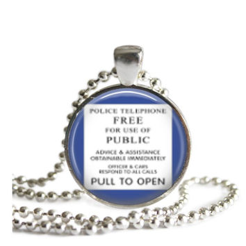 Doctor Who Tardis Sign Necklace