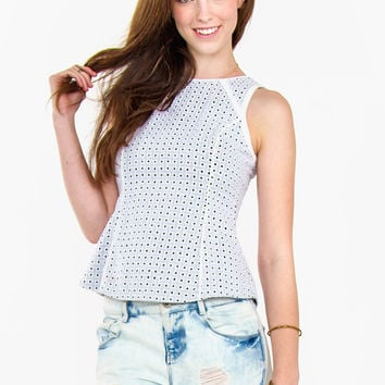 Line and Dot Top