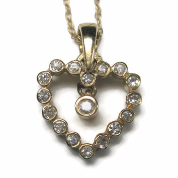 Dainty Vintage 90s 14K Diamond Heart Pendant Necklace