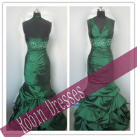 New Custom-made Sleeveless V-neck Long Green Halter Mermaid Prom Dresses Evening Dresses