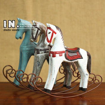 Creative Retro Wooden Rocking Horse Ornaments Animal Gift Vintage Study Store Home Decor Statuette Wood Crafts Figurines