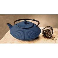 """Fidelity"" Tetsubin Teapot Available in Blue by Old Dutch International"