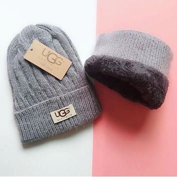 UGG Winter Hot Sale Trending Women Men Thick Knit Hat Warm Cap Grey