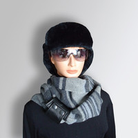 Infinity Scarf Gray Men Women Unisex very Soft Pure Wool Cozy Scarf  with Natural Leather Cuff by Elena Joliefleur