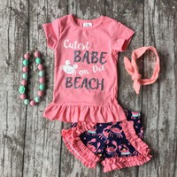 Cutest Babe On The Beach Crab Shorts Outfit