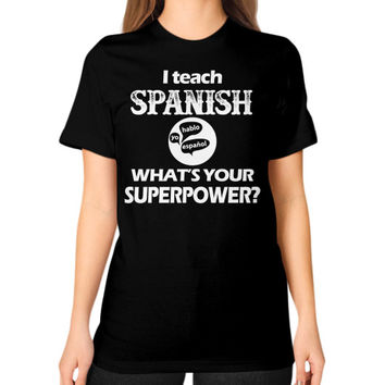 Spanish teacher irish Unisex T-Shirt (on woman)