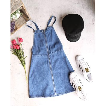 honey punch - o ring zip up denim overall dress - denim