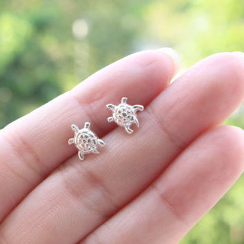Turtle stud earrings, Turtle Sterling Silver Ear Studs, Turtle Stud earrings, Cartilage Earring, Children Earrings, Good Luck Jewelry