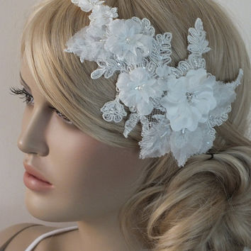 FREE SHIP Ivory bridal lace hair comb - 3D floral bridal hair comb - bridal lace headpiece - bride hair comb - wedding hair comb -