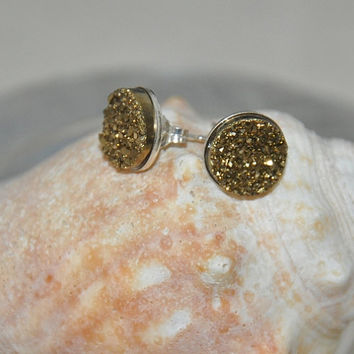 Druzy stud earrings, Silver Earrings, Gold color Druzy, Quartz Titanium Druzy, Sterling Silver, 10mm Stones, Gemstone Earrings, Geocode