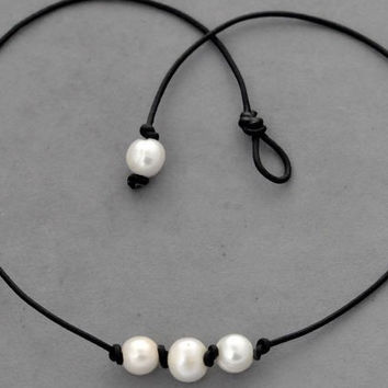 leather pearl choker, pearl necklace, good quality high luster real pearl, pearl choker necklace, one pearl necklace, white freshwater pearl