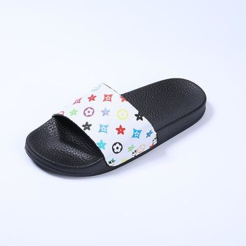 Design Stylish Slippers Summer Flat Anti-skid Korean Sandals [415632752676]