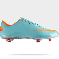 Check it out. I found this Nike Mercurial Vapor VIII FG Men's Soccer Cleat at Nike online.