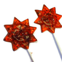 6 Sun Shaped Lollipops - Gourmet Flavor Raspberry Spearmint - Red and Green