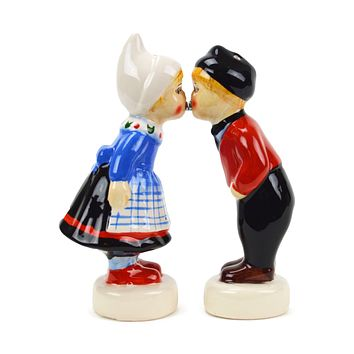 Collectible Magnetic Salt and Pepper Shakers Dutch