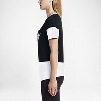 The Nike Signal Color-Block Women's T-Shirt.