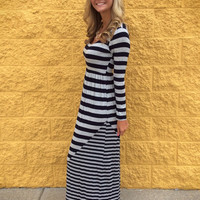 Scoop Maxi Dress With Sleeves
