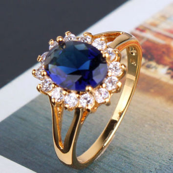 Beautiful  ring  24k gold filled sapphire eye-catching woman Sz6-Sz9