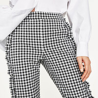 GINGHAM TROUSERS DETAILS