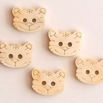 Set of 3 or 5 Cat Faces Wooden Buttons, Approx 2 cm Diameter, Lasercut